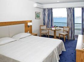 Kefalonia a hotel Mediterranee - ubytování