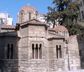 Athény - byzantský kostel Kapnikaréa