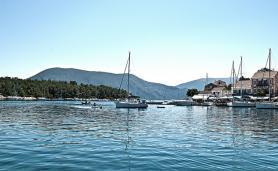 Přístav na ostrově Kefalonia, Řecko
